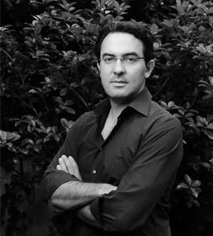 Dr. Juan Gabriel Vásquez